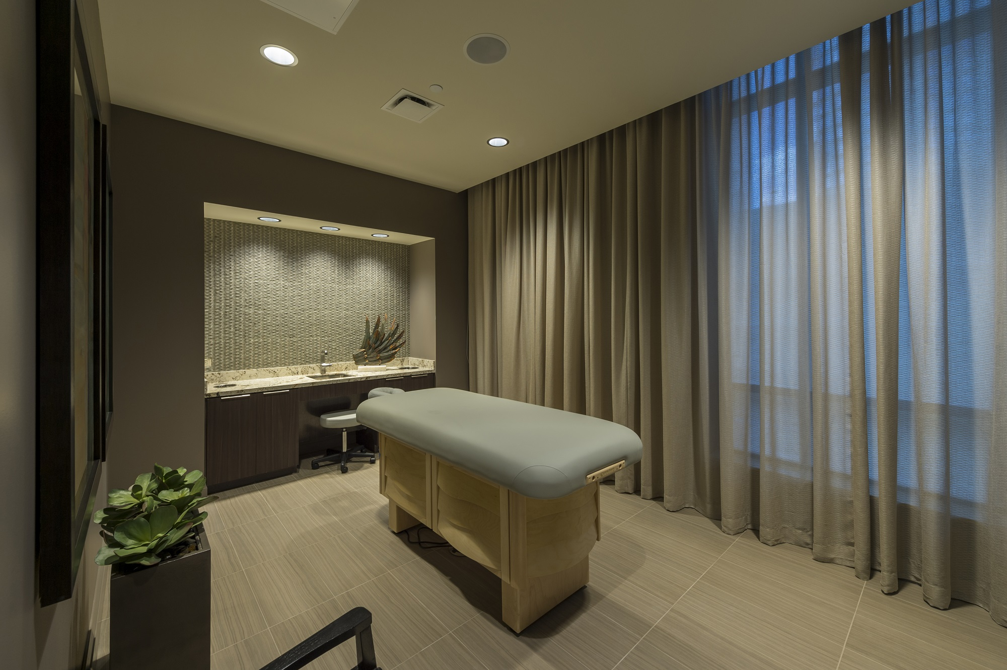 Market Square Tower Massage Room
