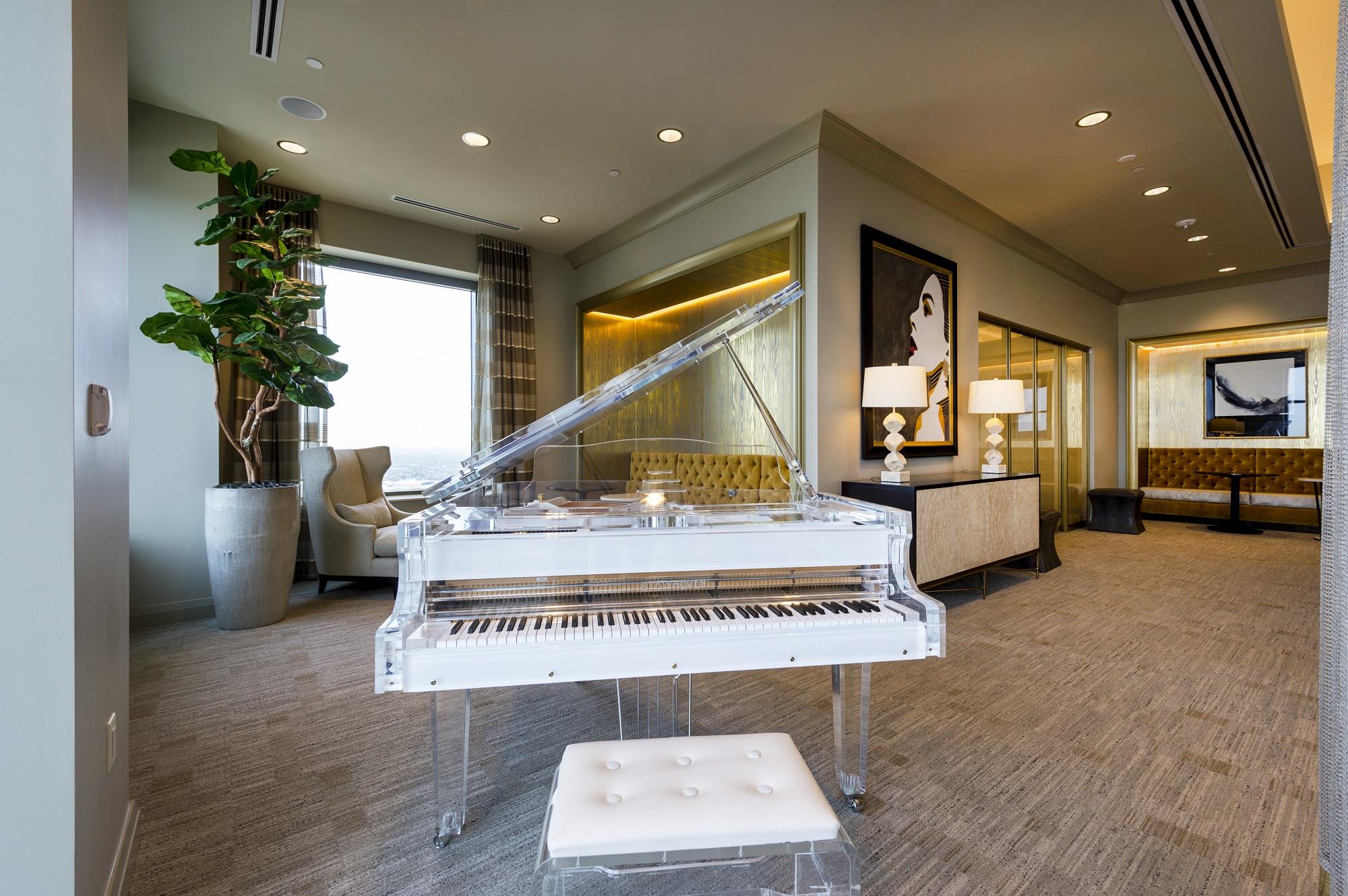 MST Lounge Piano