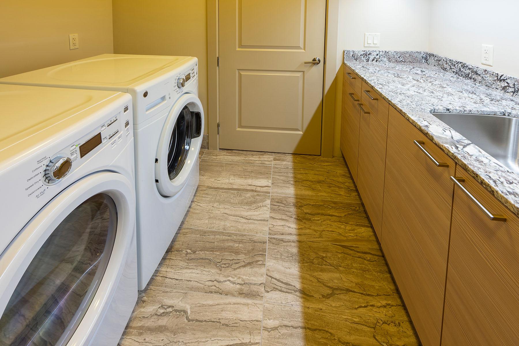 Type East: Laundry