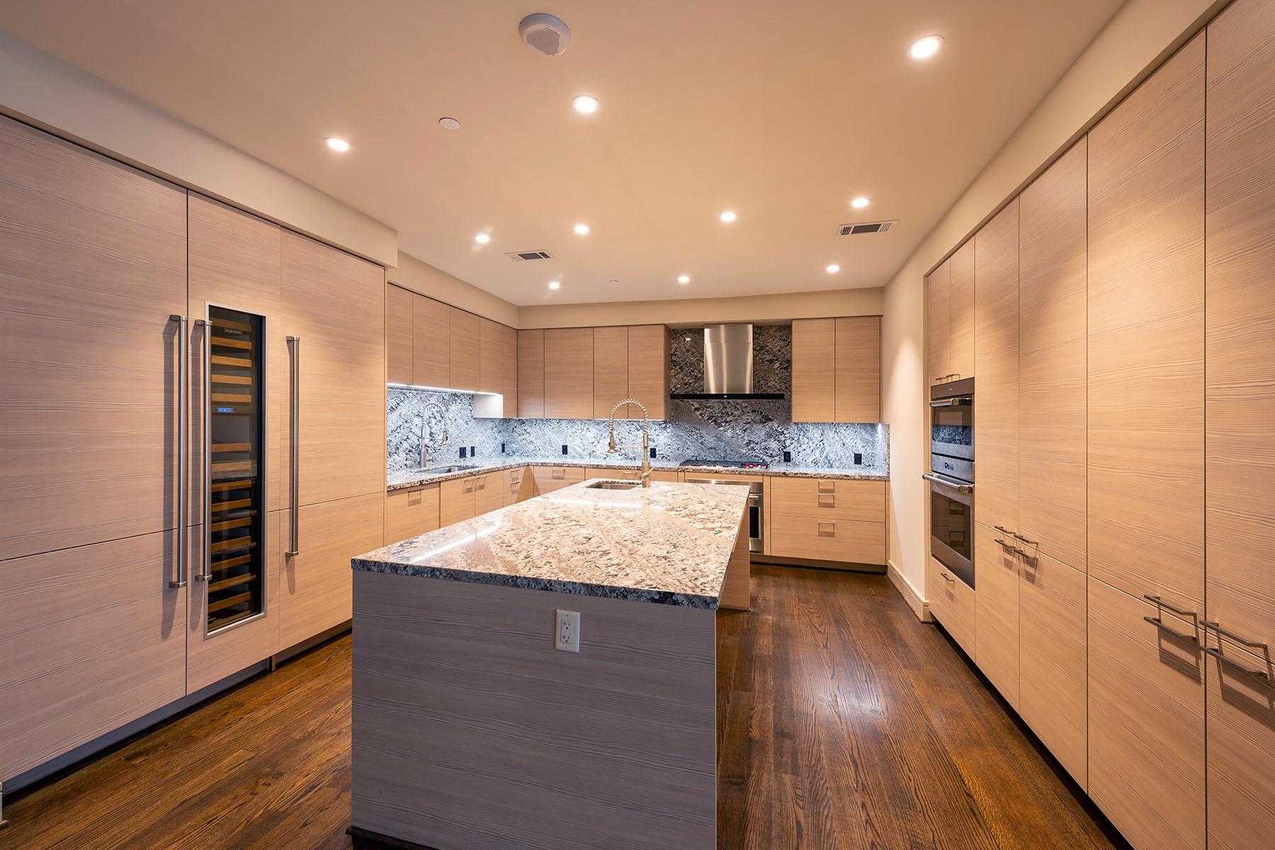 Type South: Kitchen