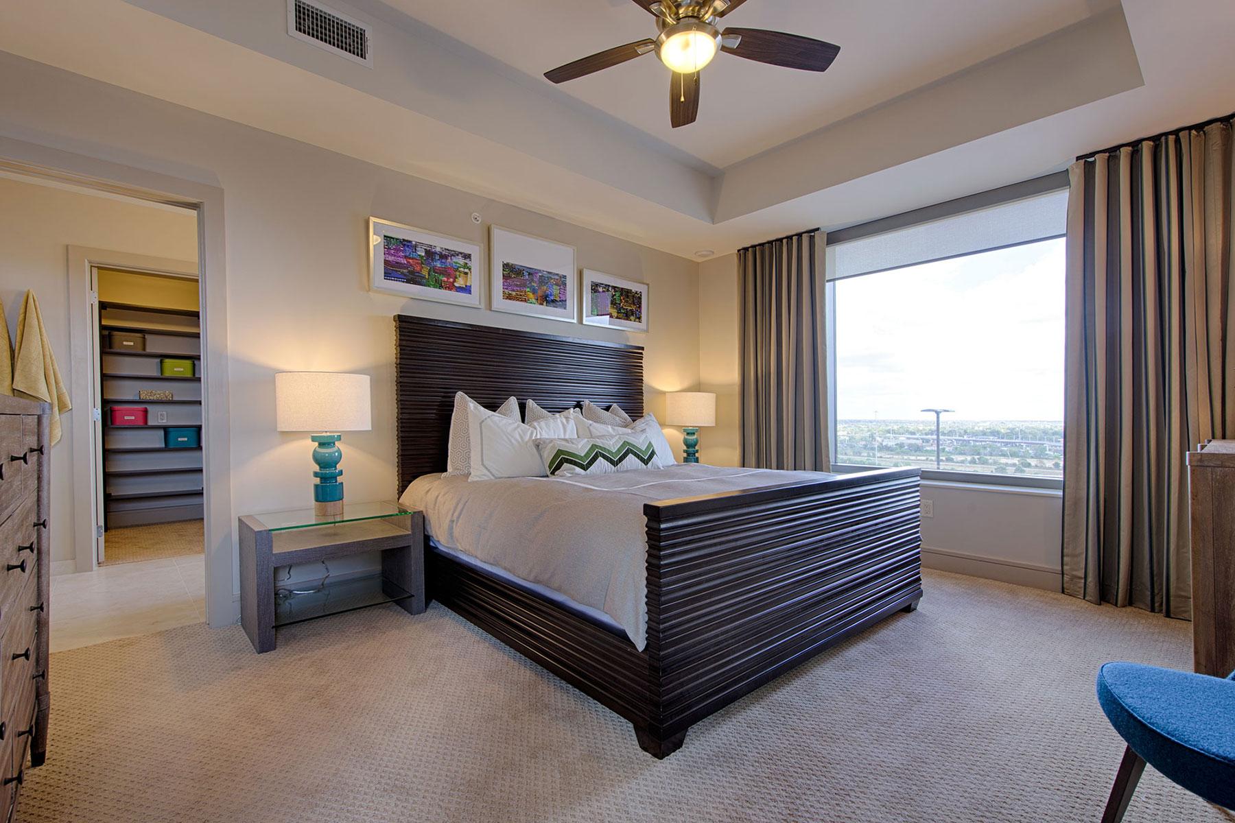 Master 2 Bedroom Luxury Modern Bedroom